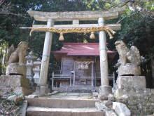古事記おじさんのブログ-赤猪岩神社正面
